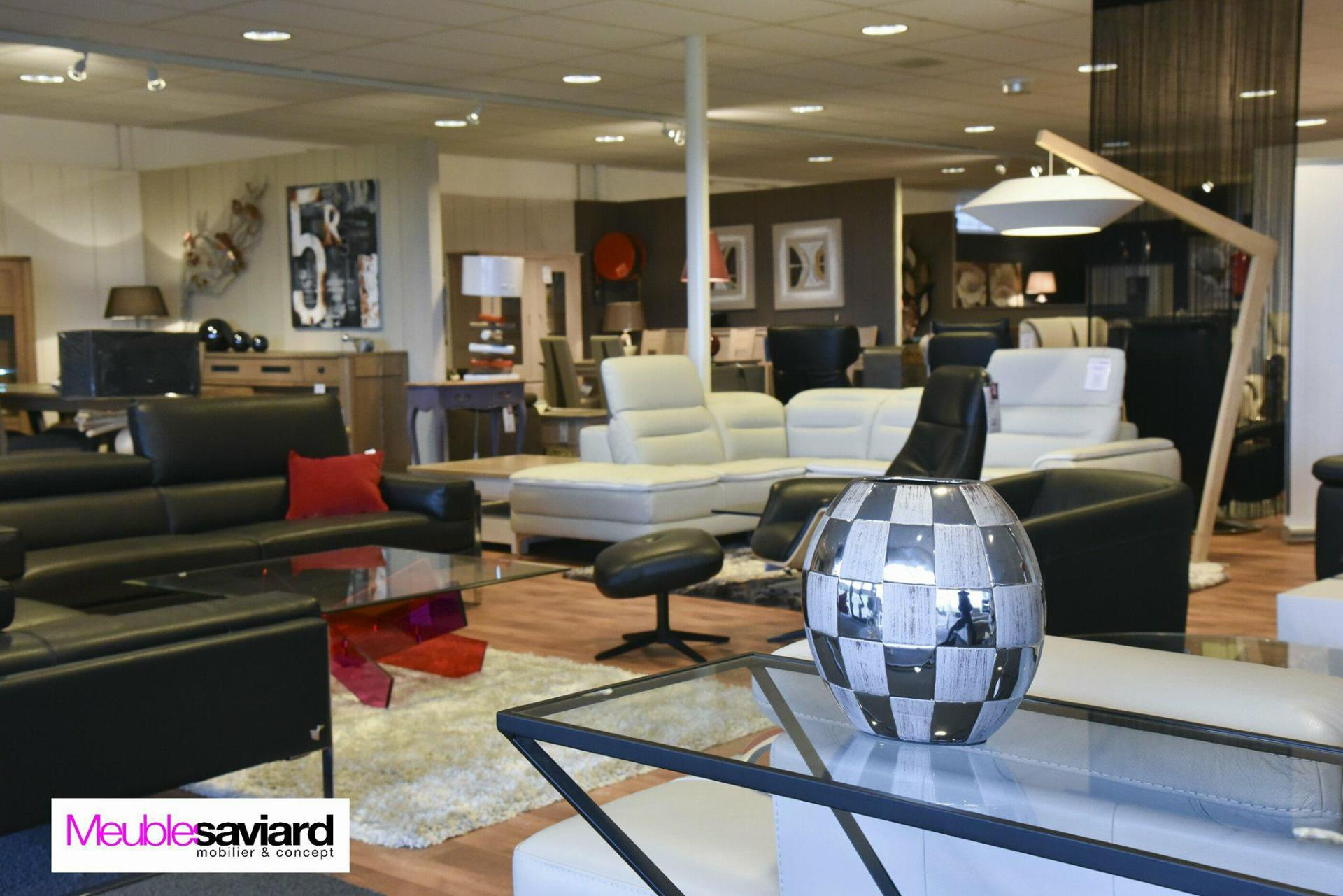 magasin meuble latest meubles de salon with magasin meuble elegant mobilier de france magasin. Black Bedroom Furniture Sets. Home Design Ideas